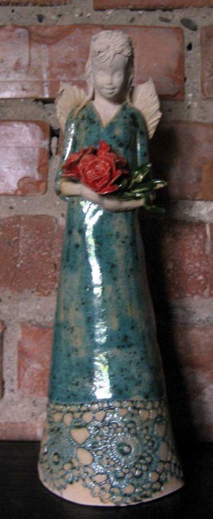 anioł-duży-_z-bukietem-róż [1200x1200]